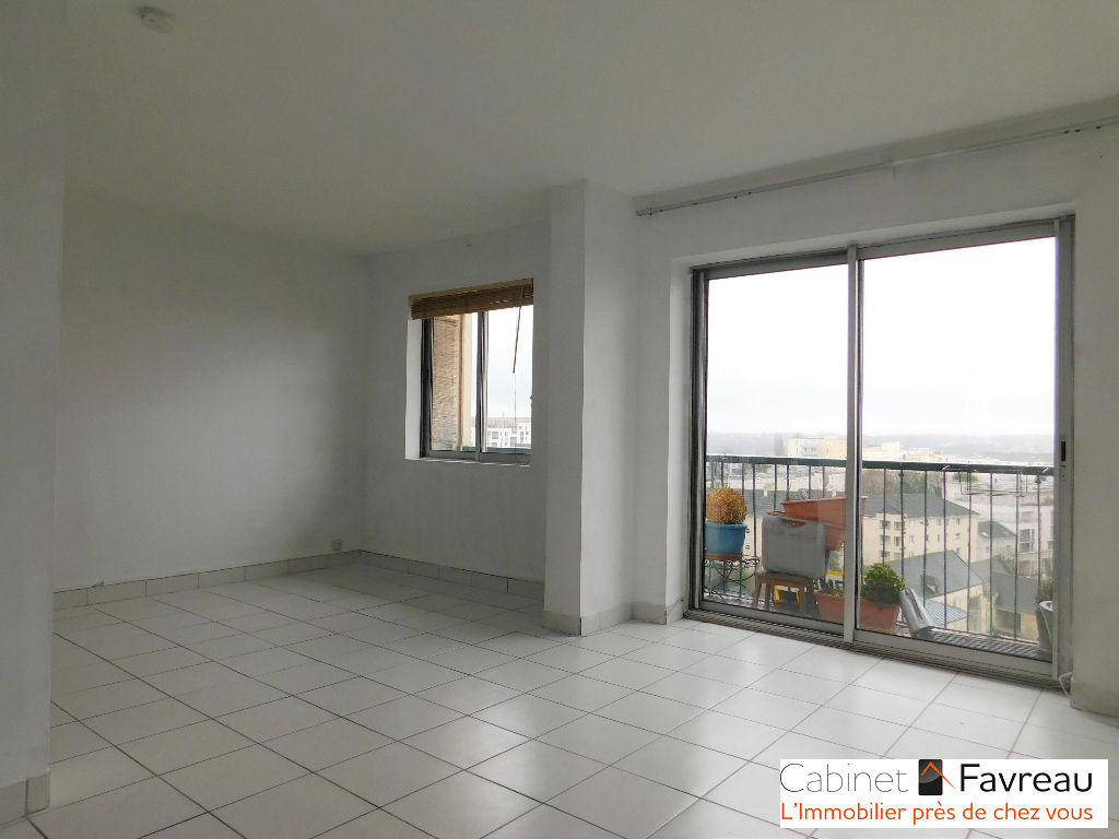 EXCLUSIVITE - FRESNES - CENTRE VILLE - 4 PIECES - VUE DEGAGEE
