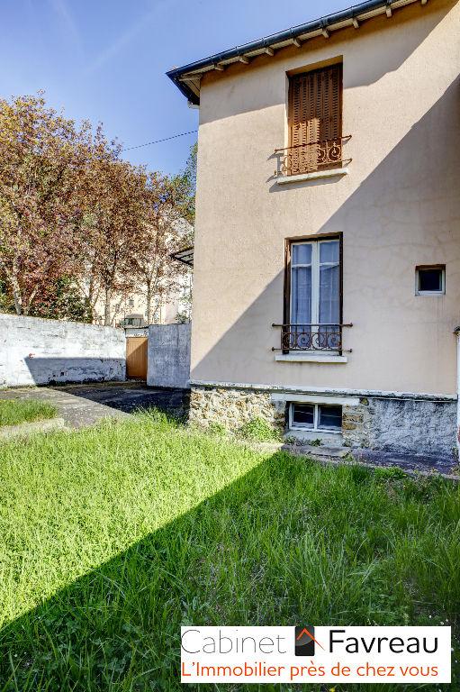 Exclusivité - Centre-Ville - Maison Thiais 5 pièce(s) 93.14 m2