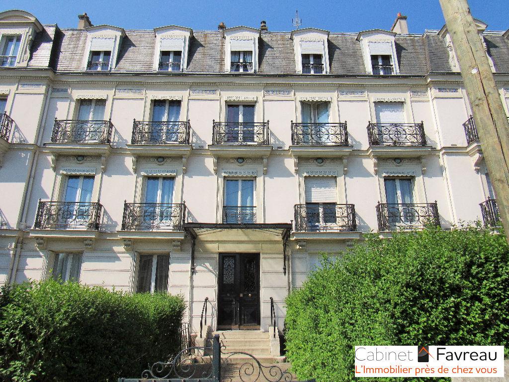 Thiais - Limite Choisy le Roi - copro standing +balcon