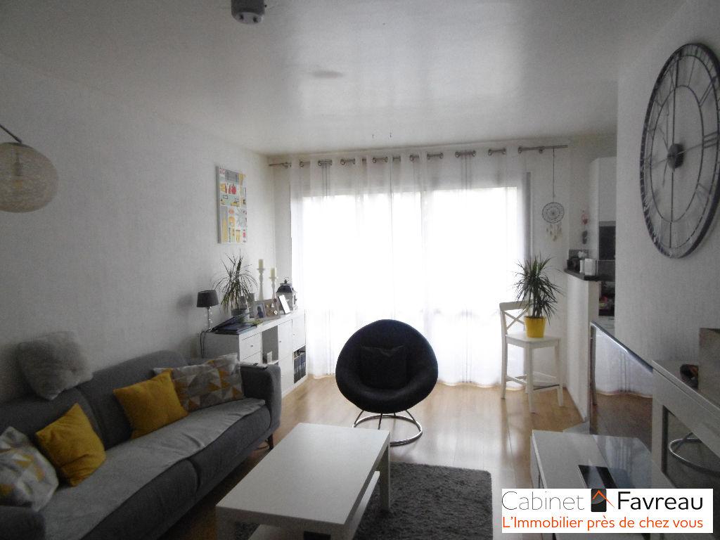 Appartement L Hay Les Roses 3 pièce(s) 49 m2