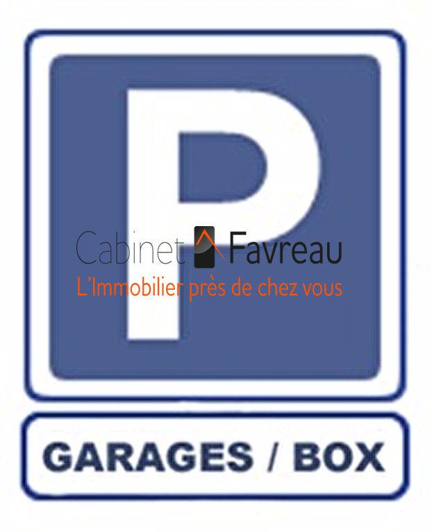 Exclusivité - Parking / box - Fresnes - Centre-Ville - 14.73 m2