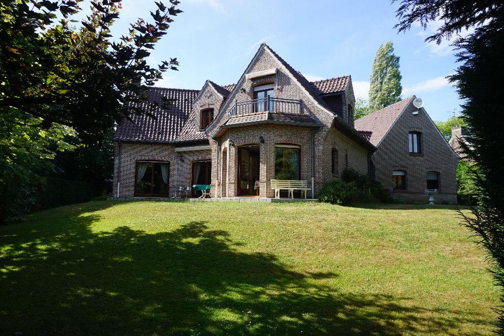 MOUVAUX Maison ARCHITECTE 270M²  INDIVIDUELLE