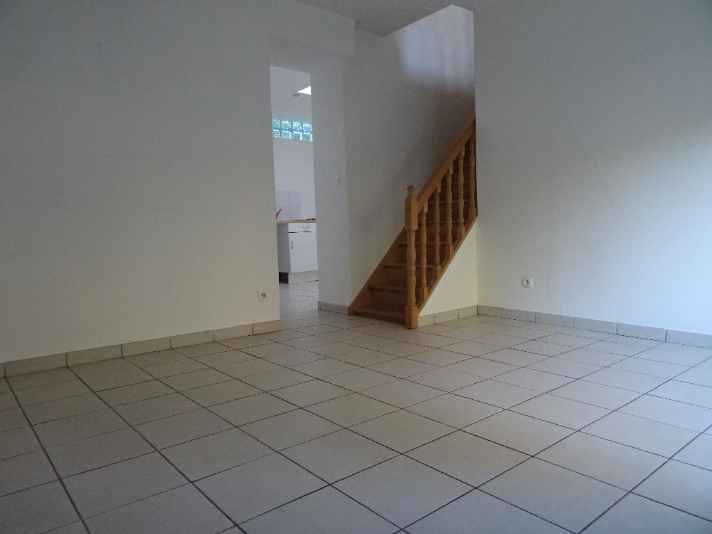 Maison 1 chambre prox croix blanche avec garage