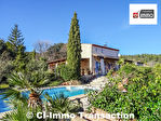 A vendre maison à Gareoult 5 pièces 140 m² sur 1700m² de terrain clos paysagé avec piscine