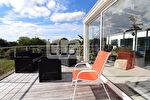 Maison d'architecte Ile Tudy, 260 m² habitable, accès direct à la plage.