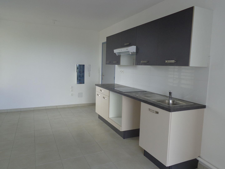 Location maison appartement le lamentin 97232 sur le partenaire - Location appartement senior ...
