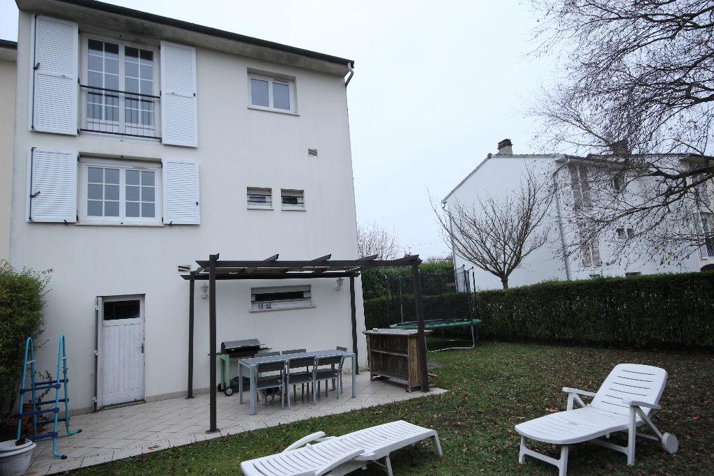 Maison Conflans-Sainte-Honorine 5 pièces 101,25 m²
