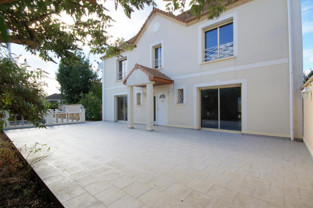 Maison Conflans  240 m2