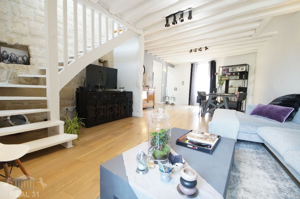 Maison de Ville 5 Pièces 119 m² (144m² au sol) - Le Mesnil Le Roi