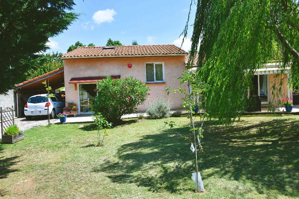 A voir ! Villa PAMIERS  150 m2