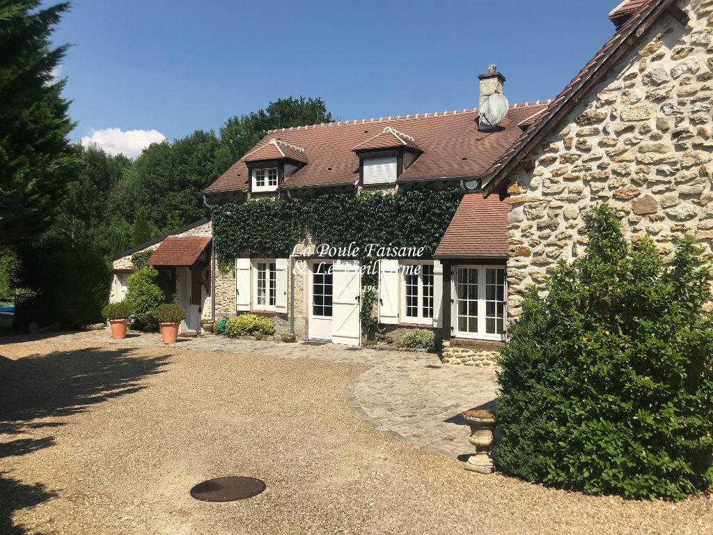 A vendre demeure de prestige Poigny la foret