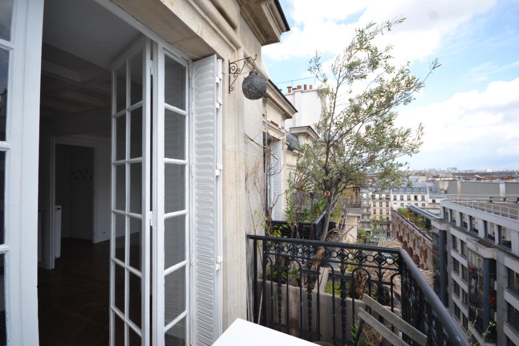 Appartement Paris 4 pièce(s) 105 m2