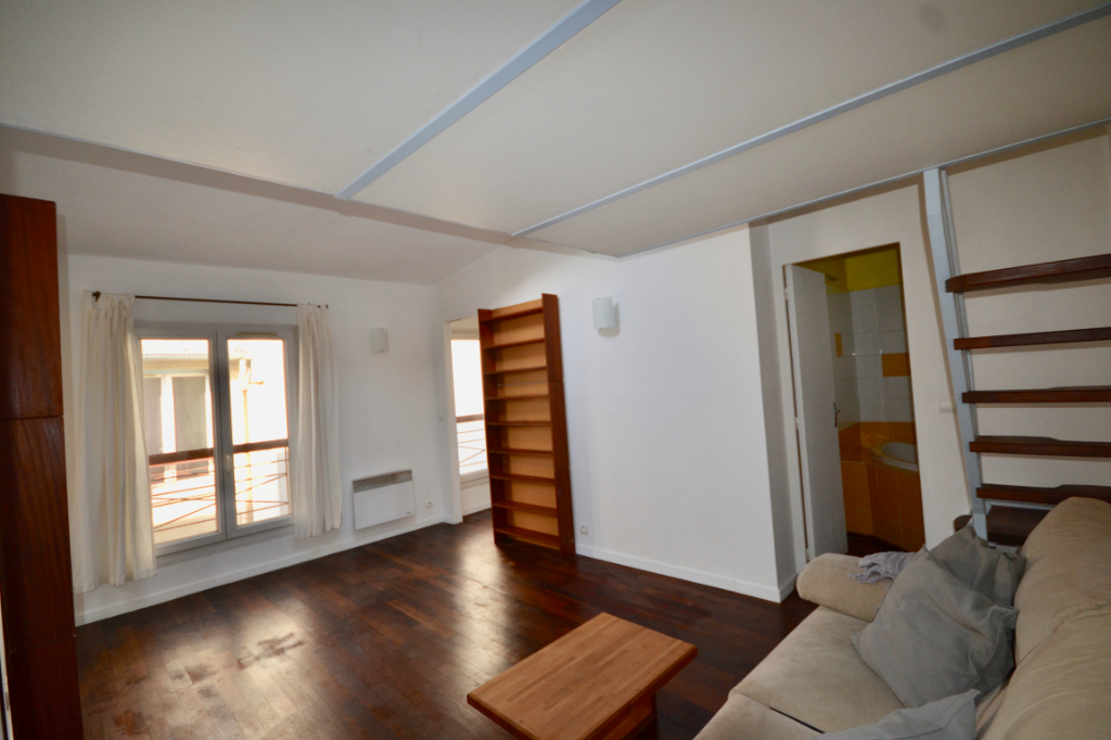 Appartement Paris 3 pièce(s) 46,93m2