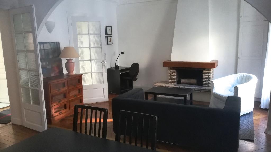 Appartement Meublé Paris 3 pièce(s) 54,55 m2