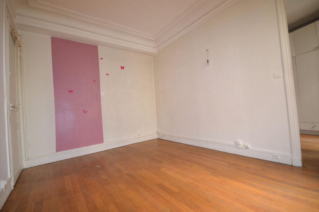 Appartement Paris 3 pièce(s) 64 m2