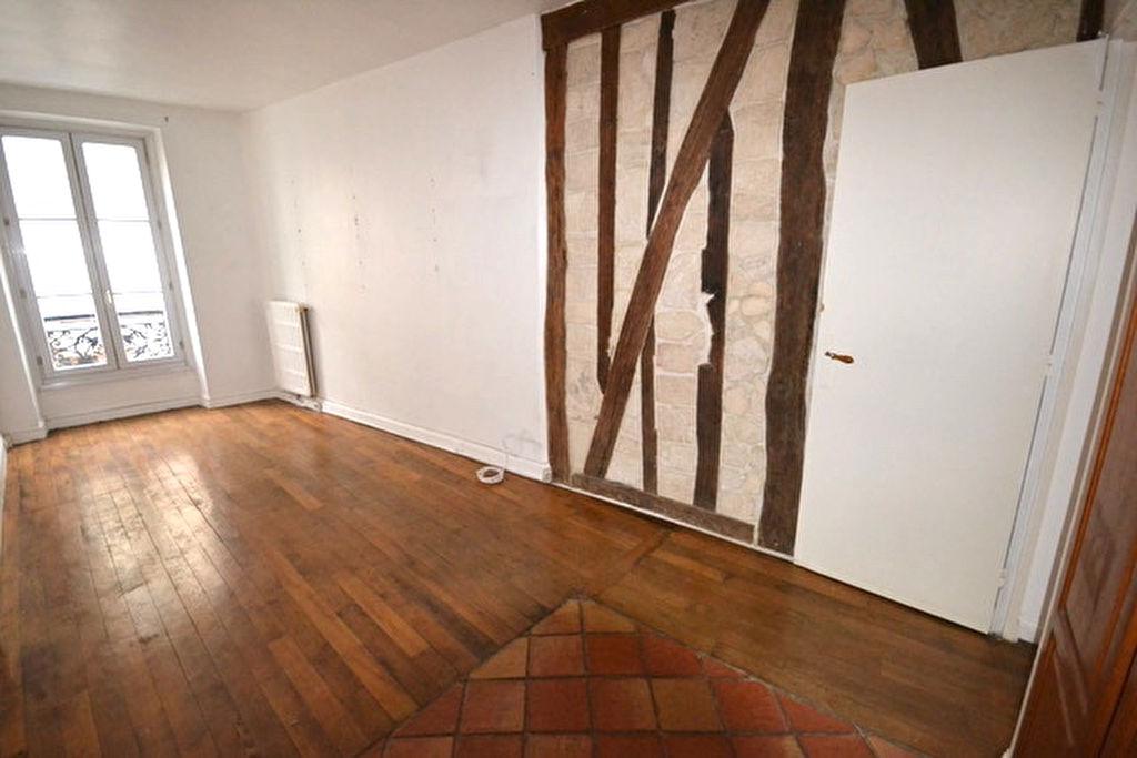 Anvers-Trudaine  2 pièce(s) 46 m2