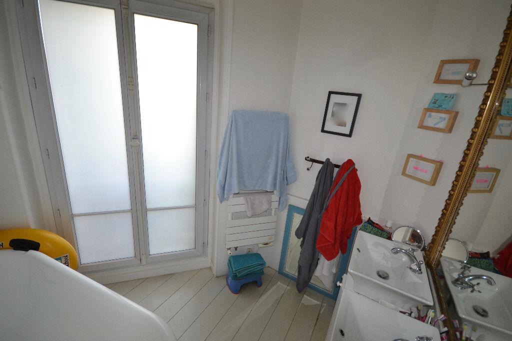 Appartement Paris 5 pièce(s) 166 m2