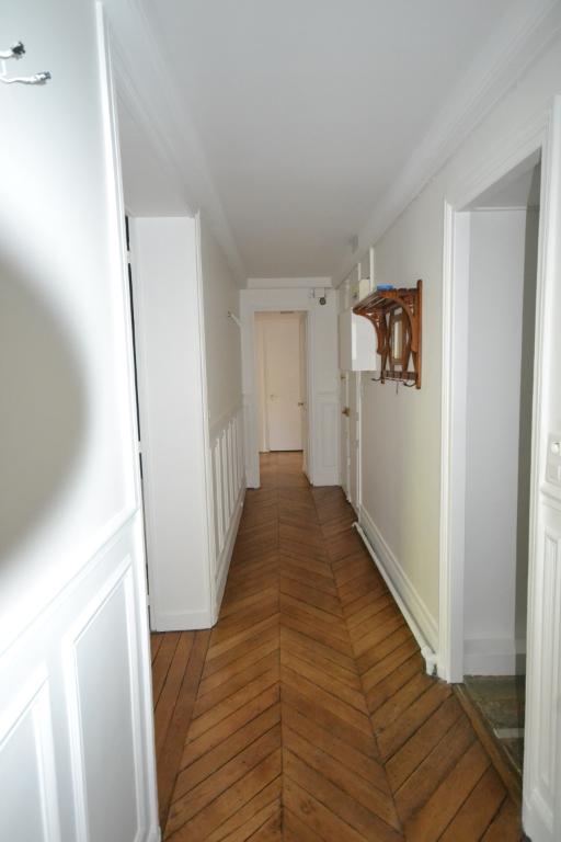 Local d'activité Paris 4 pièce(s) 92 m2