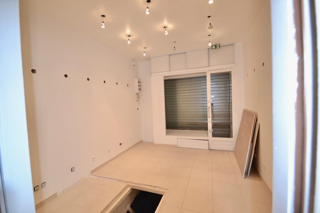 Local commercial Paris 1 pièce(s) 20 m2