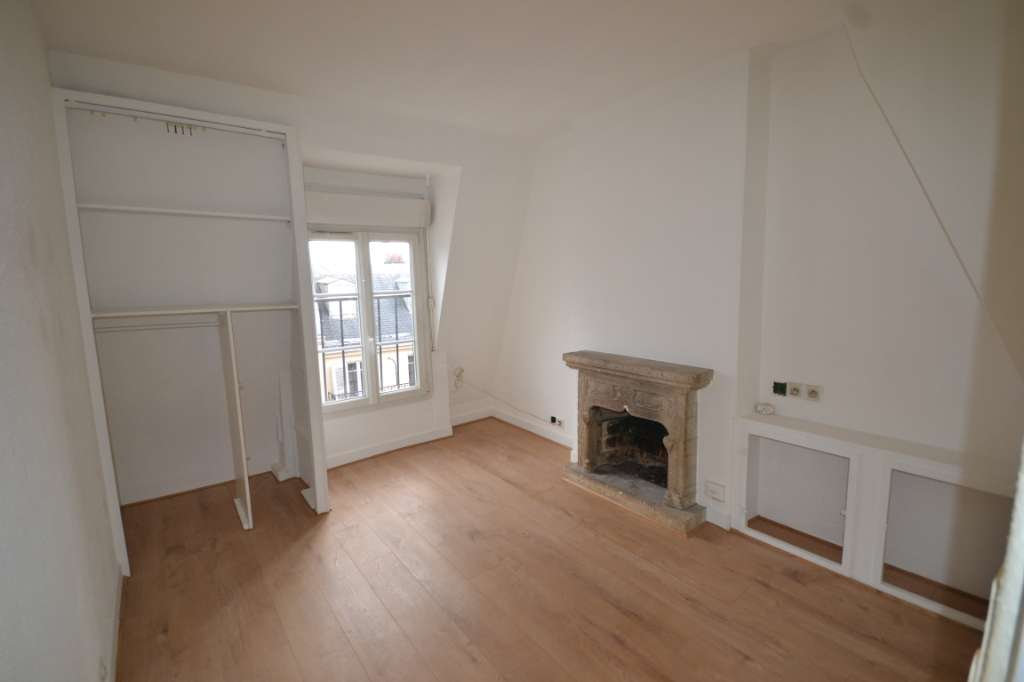 Appartement Paris 1 pièce(s) 17 m2