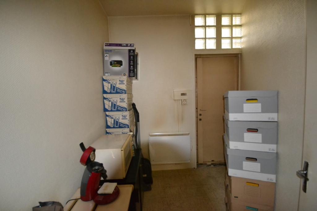 Local commercial  1 pièce(s) 23 m2