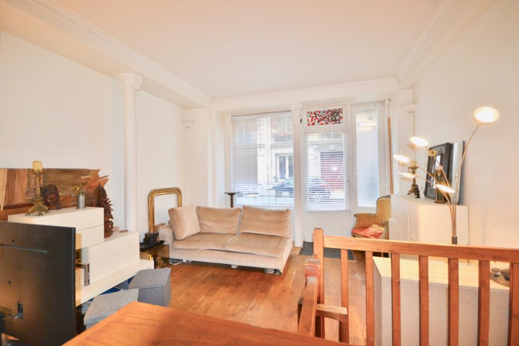 Appartement Paris 3 pièce(s) 48 m2