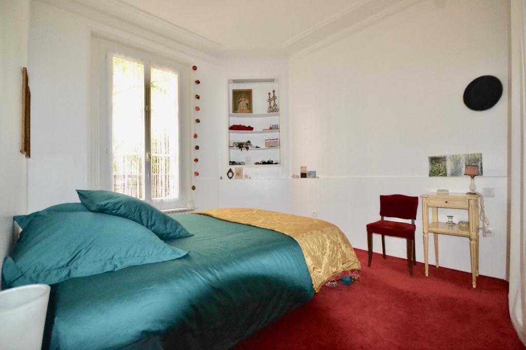 Appartement Paris 3 pièce(s) 65 m2
