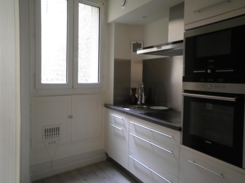 Appartement Meublé Paris 2 pièce(s) 35.31 m2 - Paris 10e