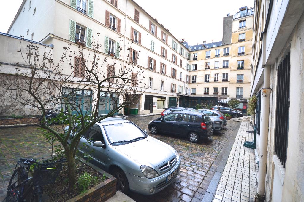 Studio 14.25 m2 Passage Delanos Paris Xe