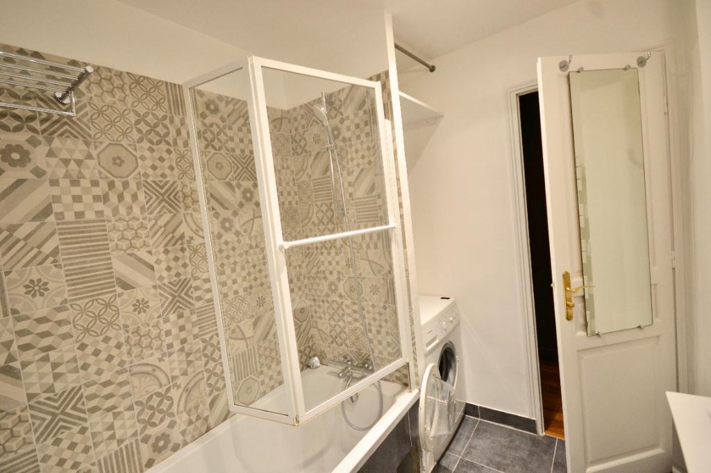 Appartement Paris 3 pièce(s) 70 m2