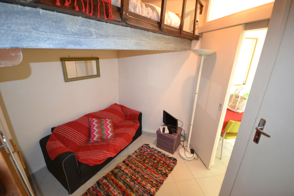 Appartement Paris 1 pièce(s) 16 m2