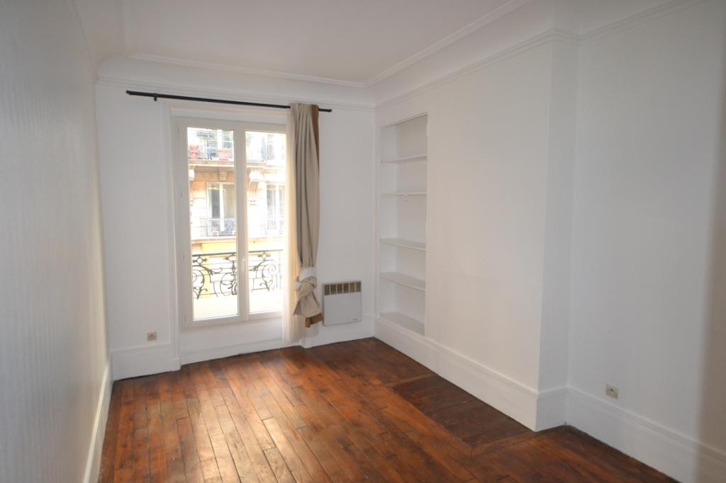 Appartement  2 pièce(s) rue Gerando
