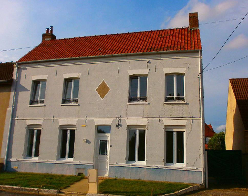 WIZERNES - Belle maison en briques d'environ 100m2 habitable