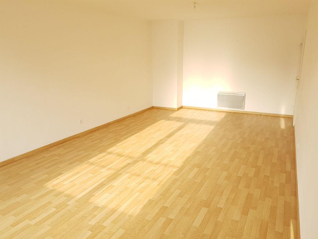 Appartement Aire sur La Lys 4 pièce(s) 90 m2