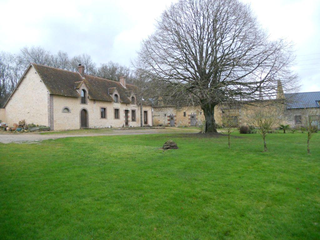 Maison Secteur Courgenard