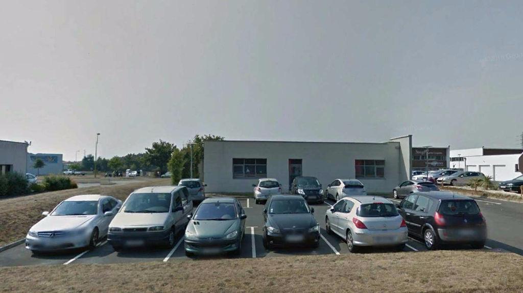 Bureaux Bouffere 16 pièce(s) 525 m2