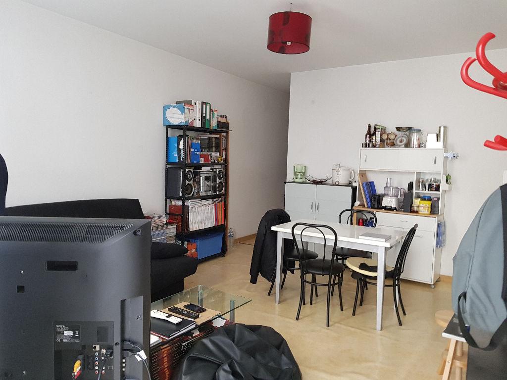 Appartement Montaigu  2 pièce(s) 42 m2