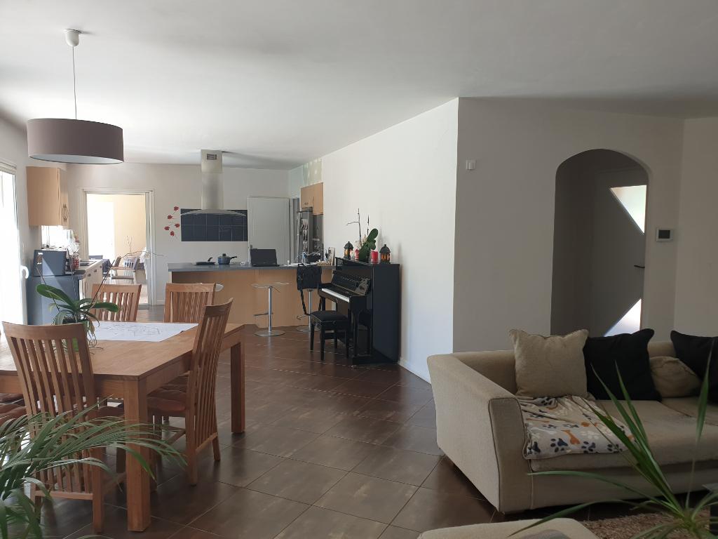 Maison Nieul Le Dolent 8 pièce(s) 159 m2