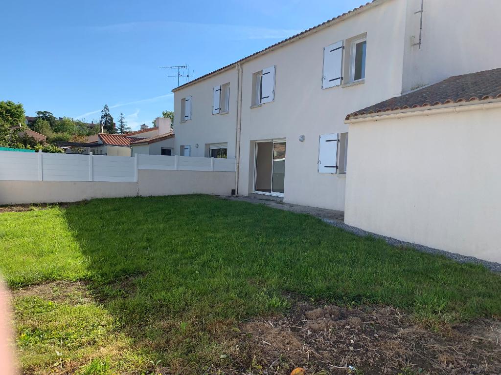 Maison Belleville Sur Vie 4 pièce(s) 99 m2