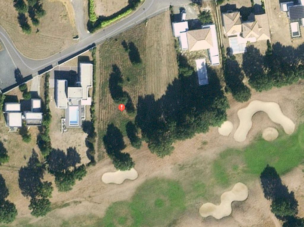 Terrain Nesmy 2136 m2