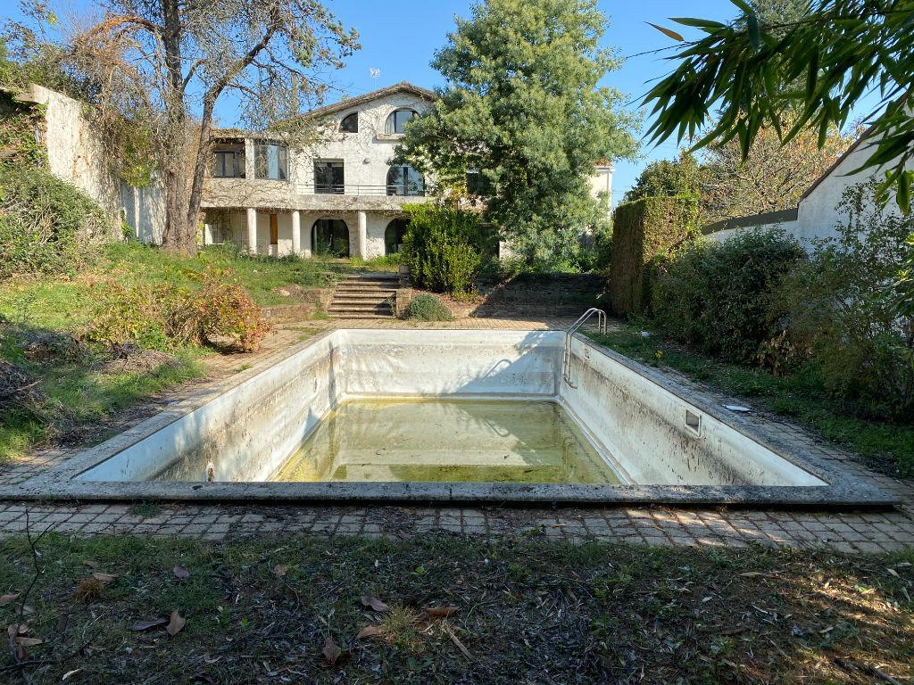 Maison Montaigu 8 pièce(s) 270 m2