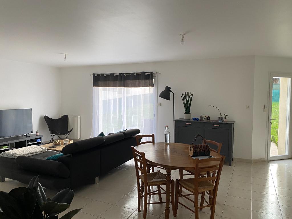 Maison Montaigu Vendee 4 pièce(s) 93 m2
