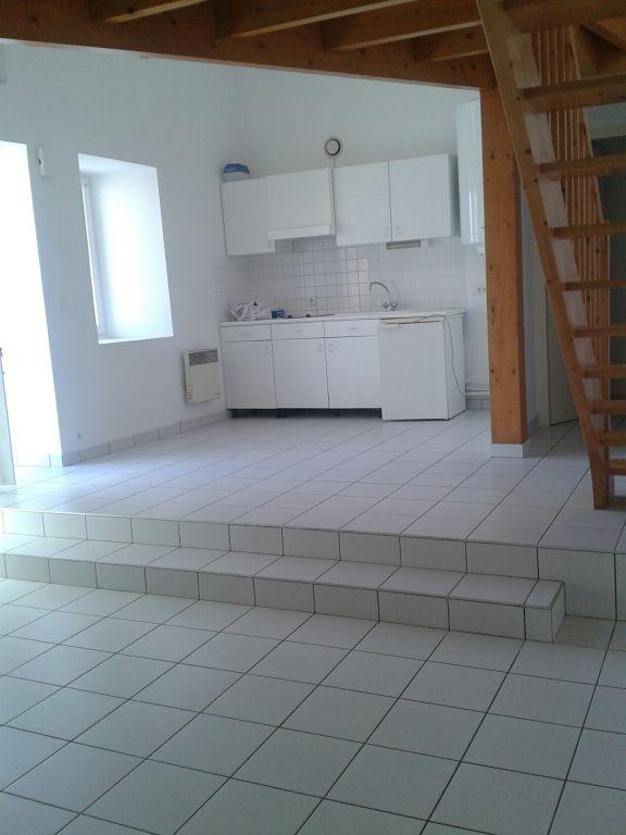 Maison Saint-georges-de-montaigu - 43.85 M2