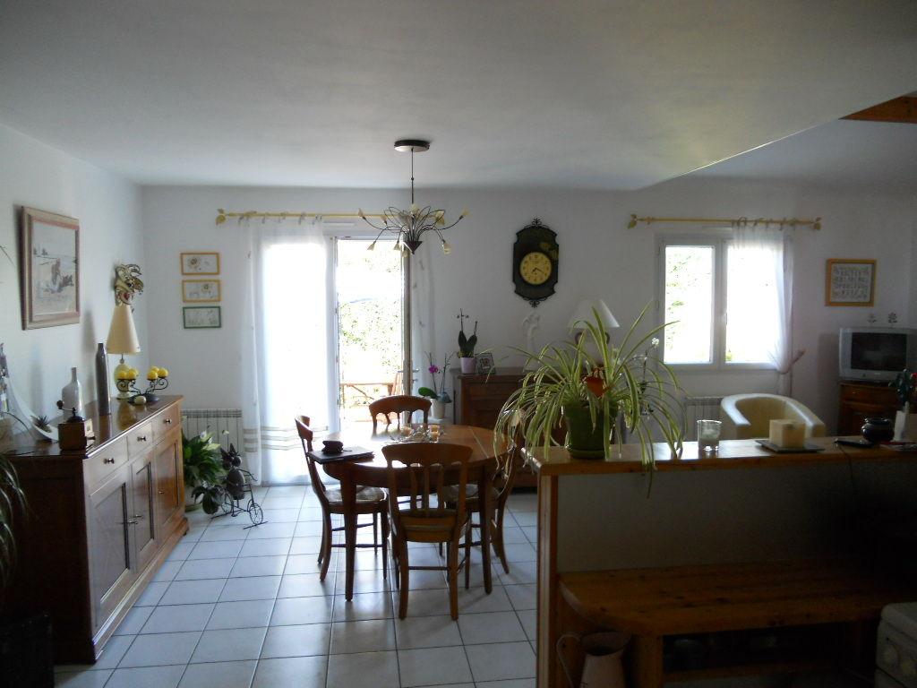 Maison Bouffere - 75.2 M2