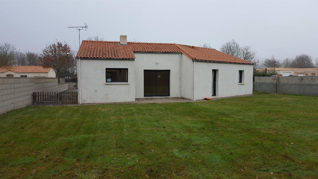 Maison Les Brouzils - 3 Pièce(s) - 83.5 M2