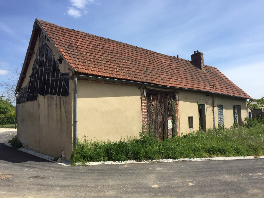 MAINTENON maison ancienne à réhabiliter sur 500 m²