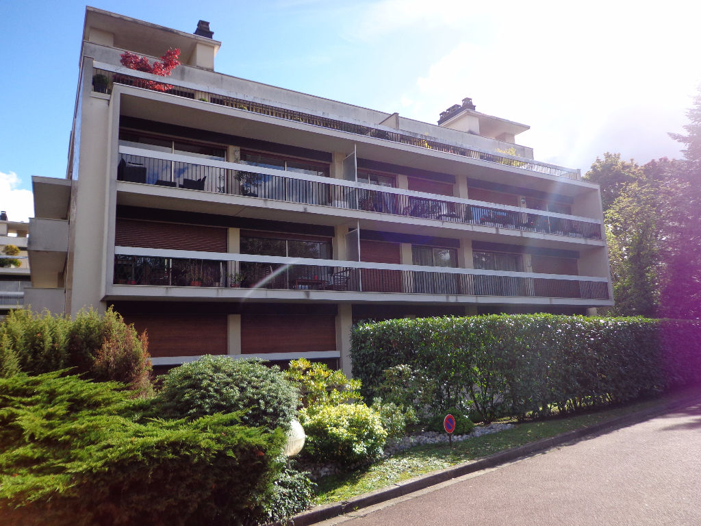 Appartement ST GRATIEN - 2 pièce(s) - 63,66 m2