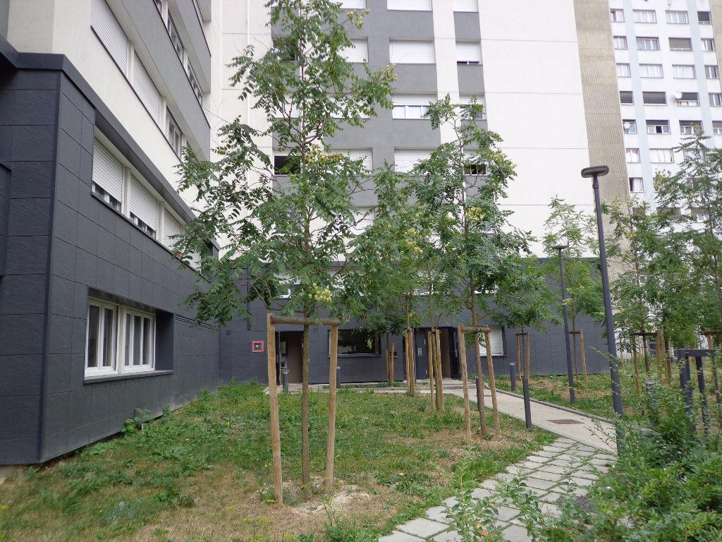 Appartement Epinay Sur Seine 1 pièce(s) 30 m2