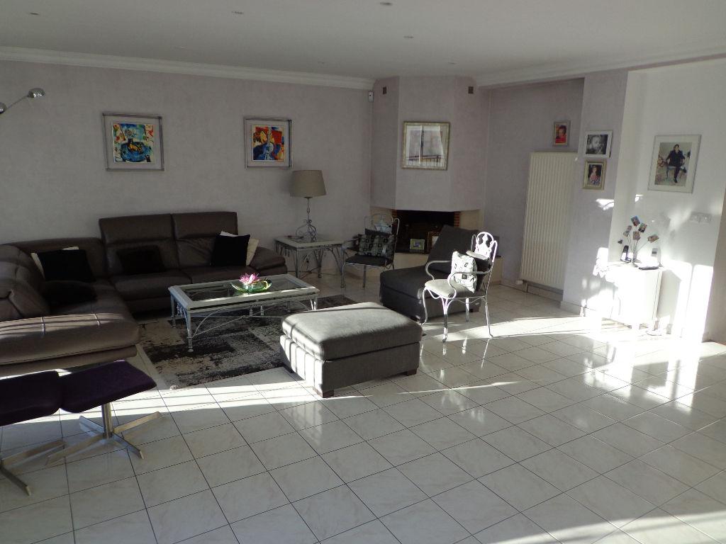 Maison Epinay Sur Seine Proche Enghien Les Bains 8 pièce(s) 170 m2