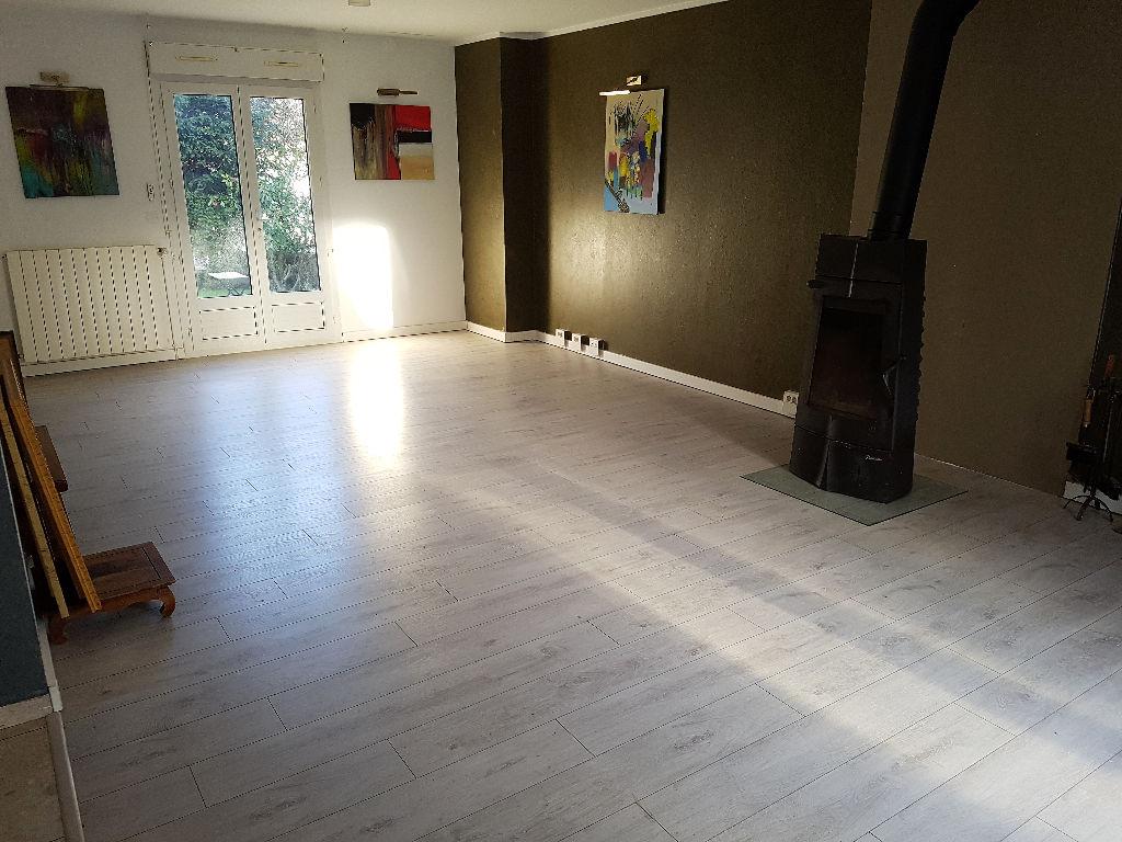 Maison Maffliers 6 pièce(s) 135 m2